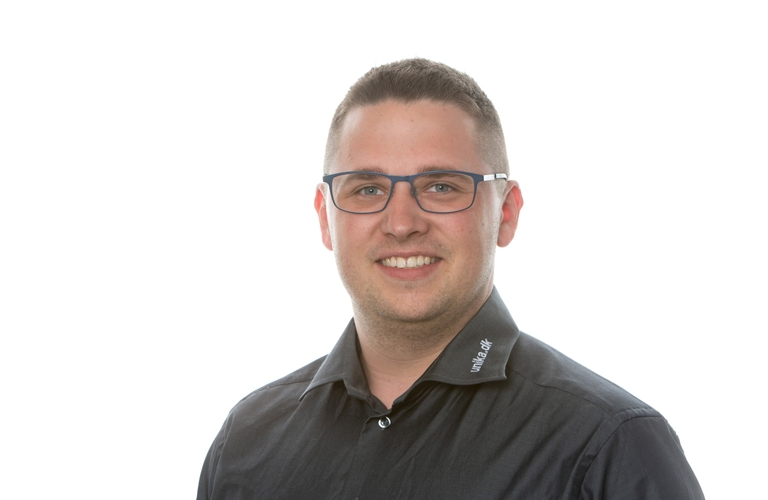 Asker Bach Pedersen